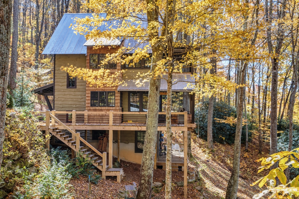 Treehouse for Sale Scaly NC