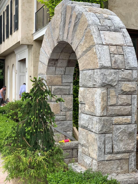 465 Stone arch
