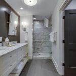 The Lofts - Watson Barret 2nd bath